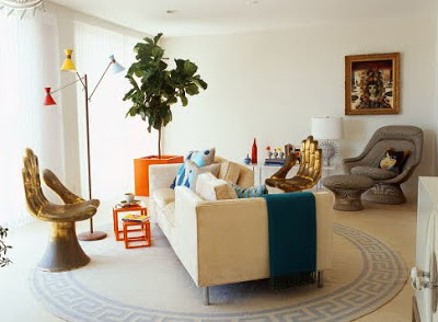 Little things keep a room as refreshing and close to nature as an inside plant. I prefer big leafy plants like these two pictures housing Fiddle Leaf Fig ... & Nature in a room: Fiddle Leaf Fig  