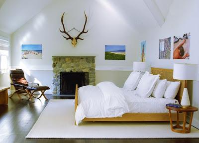 Amagansett Modern bedroom Design via Belle Vivir Blog