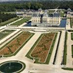 The Time of Elegance: Jardin à la Française or French Formal Garden