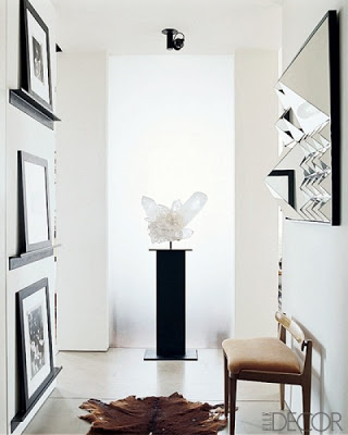 foyer-foyer-decor-and-design-entryway-chair-midcentury-modern-wall