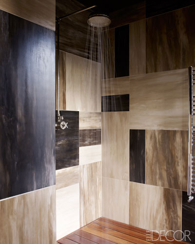black bathroom design ideas via belle vivir blog
