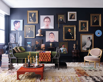 how to create the best gallery walls, a gallery wall with different sizes of portraits via belle vivir blog