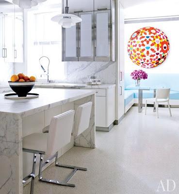 David Kleinberg design in Manhatta kitchen via belle vivir blog