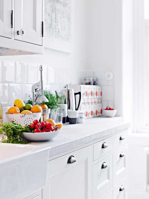 White Interiors, via belle vivir blog, neutral color interior design kitchen with white cabinets