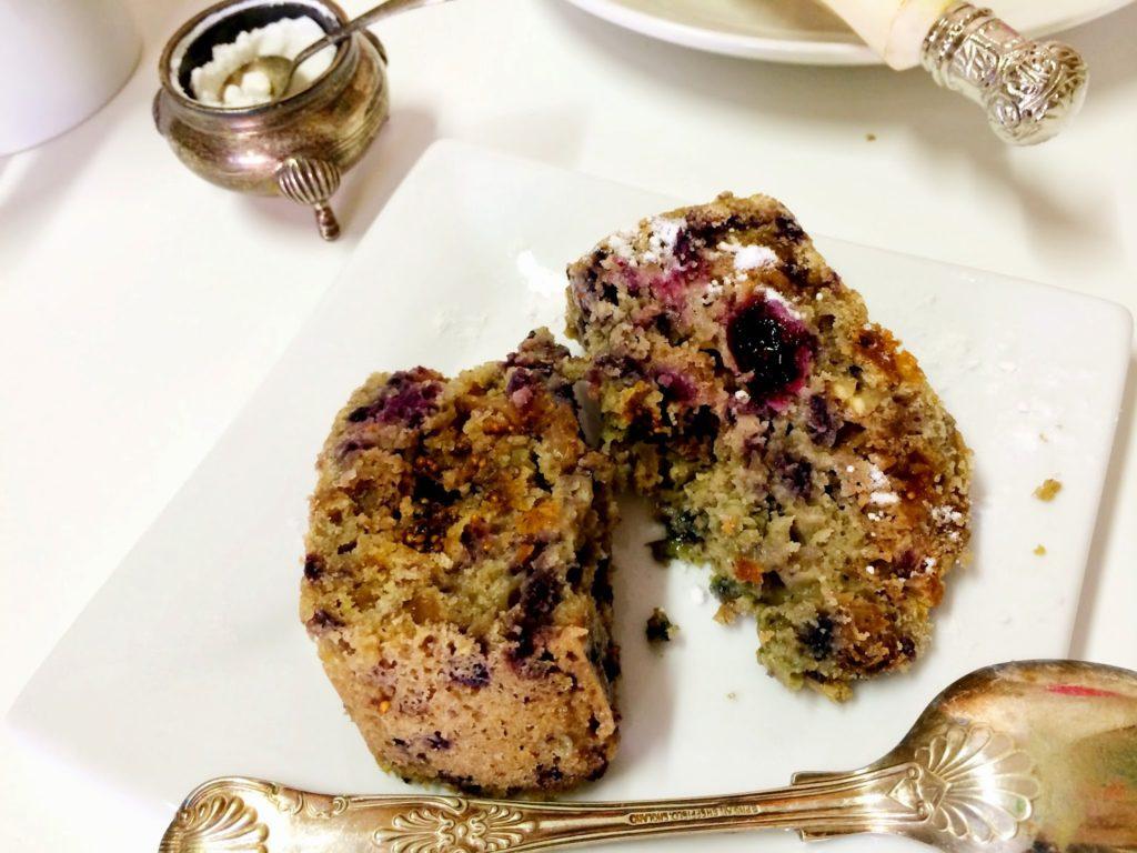 gluten-free blueberry & fig cake recipe via belle vivir