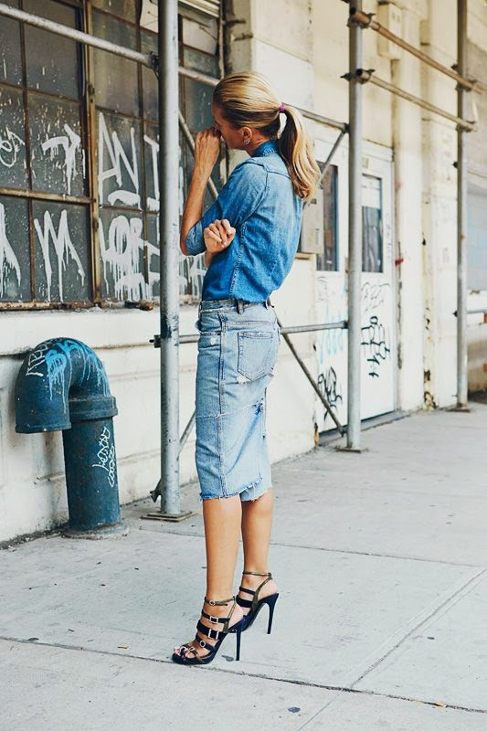 What to Wear on the Weekends, a woman with jeans skirt and chambray shirt with high jeels