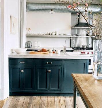 Jenna Lyons brooklyn home kitchen before via belle vivir blog