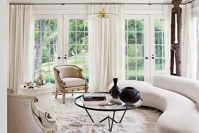 julie hillman design living room white via belle vivir blog