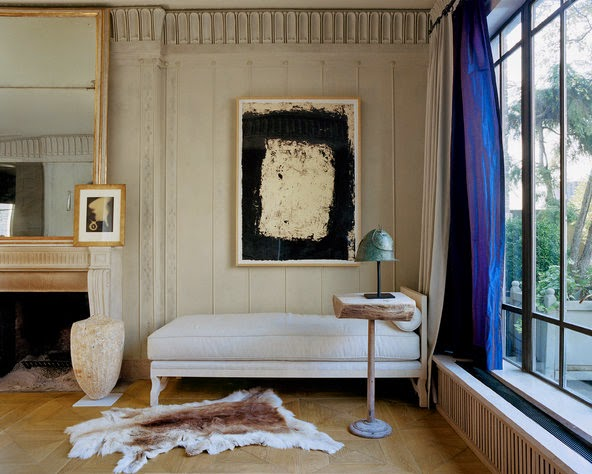 Stephen Sills at home in New York -Stephen Sills neutral decor