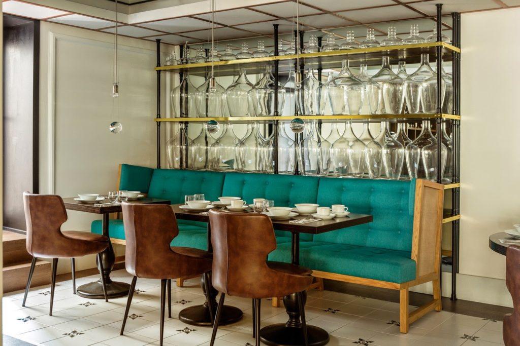 Room Mate kerem hotel in istanbul designed by Lazaro Rosa Violan via belle vivir blog