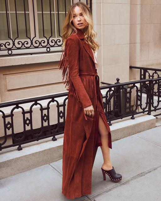 trench coat three season coat street style via belle vivir blog