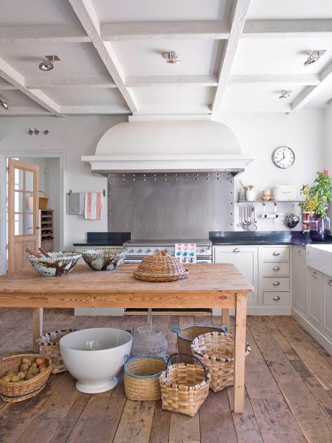 isabel lopez quesada kitchen via belle vivir blog