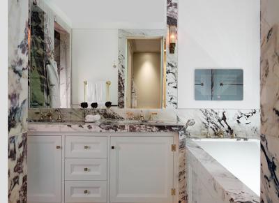 The Kensington Hotel bathroom London via Belle Vivir blog