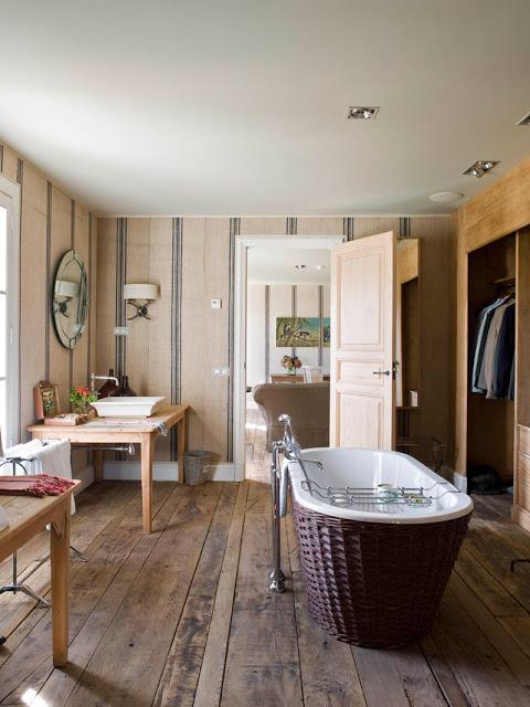 isabel lopez quesada bathroom via belle vivir blog