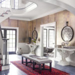 10 Great Ways to Decorate Your Foyer