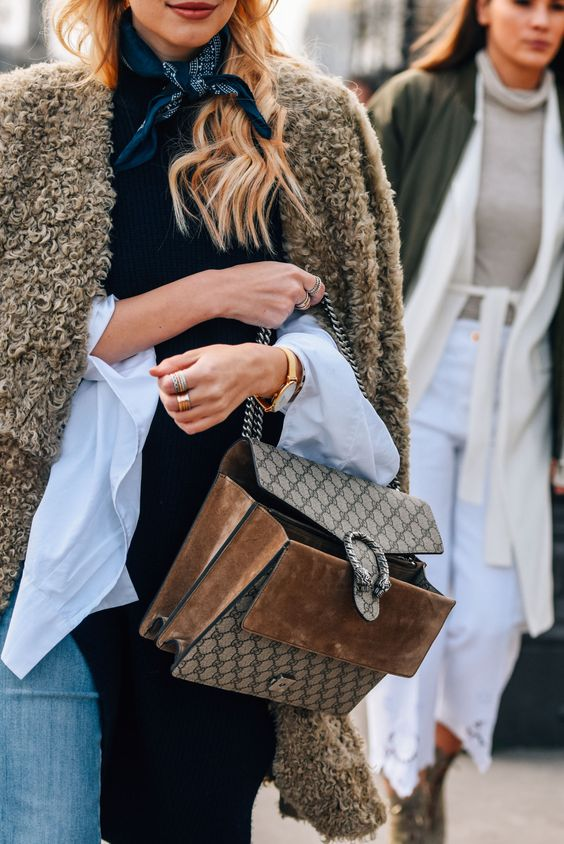 sweater weather-Style-Inspiration-Faux-Fur-belle-vivir