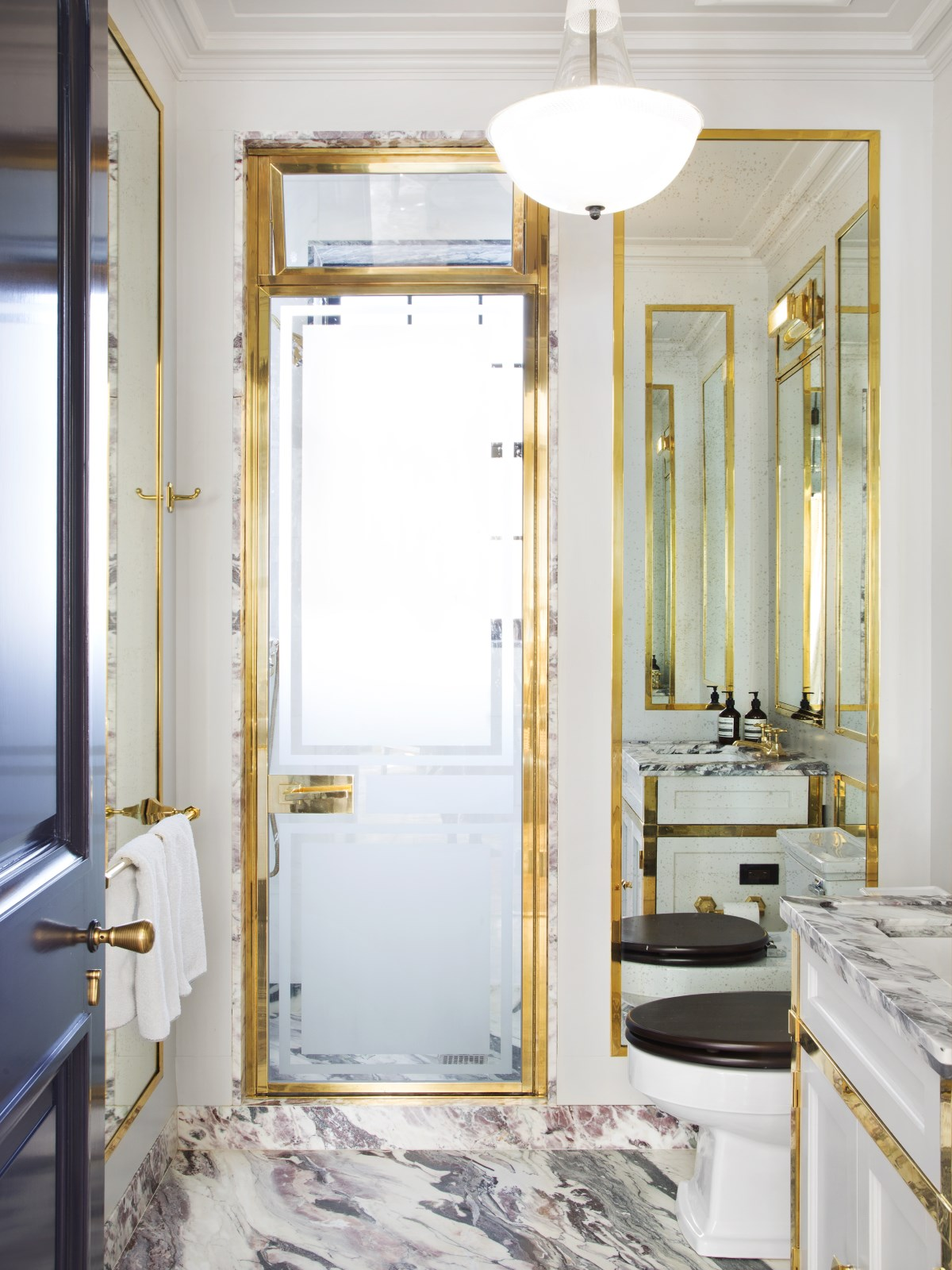 Glamorous Bathrooms Of Steven Gambrel