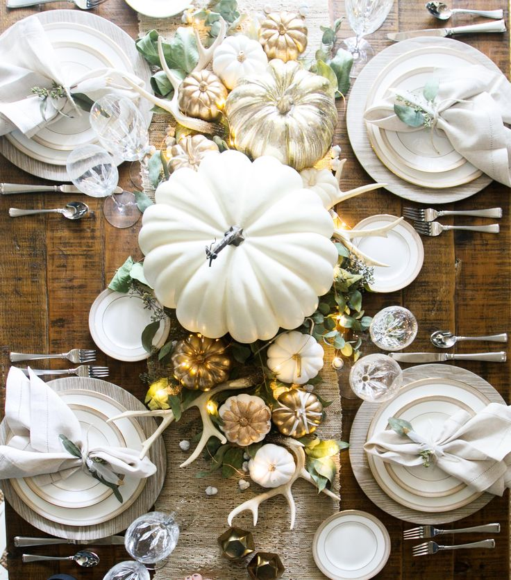 Decorations For Thanksgiving: Thanksgiving Decorating Ideas From Tabletop To Main Entrance