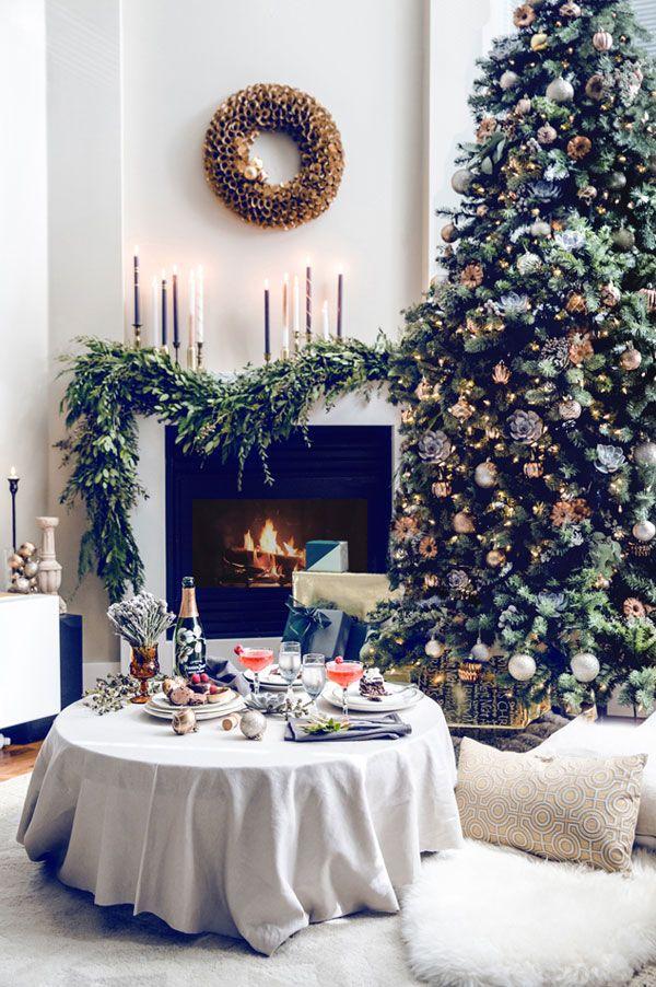 Pre-Lit Christmas Trees and Collars Roundup, merry-christmas-belle vivir