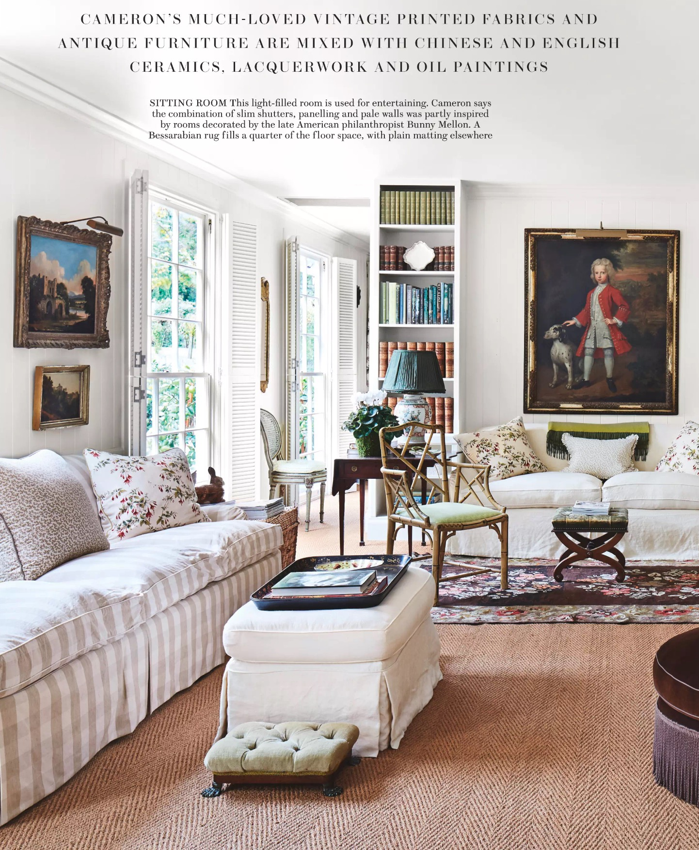 English Country House Style Cameron Living Room Via Belle Vivir Blog