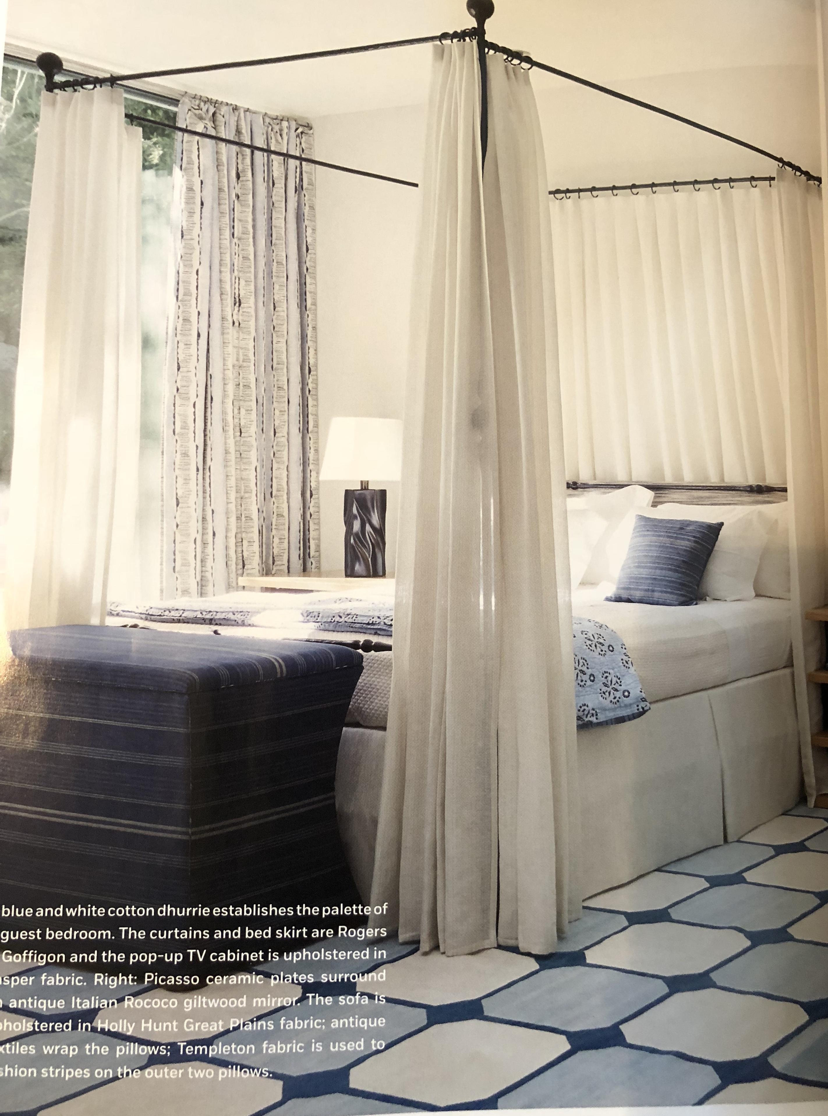 Palm Springs Style Via Michael S. Smith Blue And White Rugh Via Belle Vivir