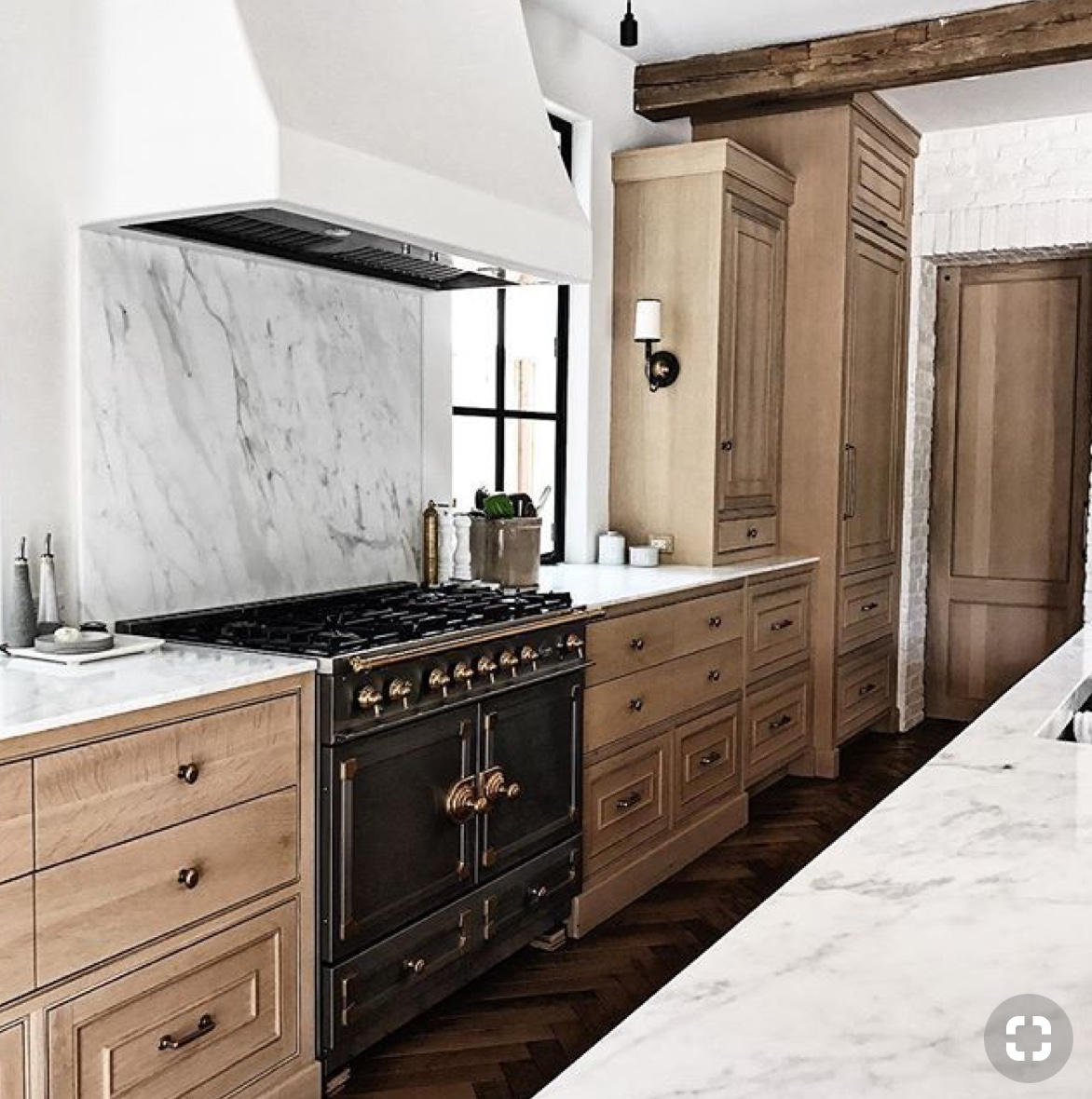 Timeless Kitchens: 11 Kitchens With Stained Cabinets